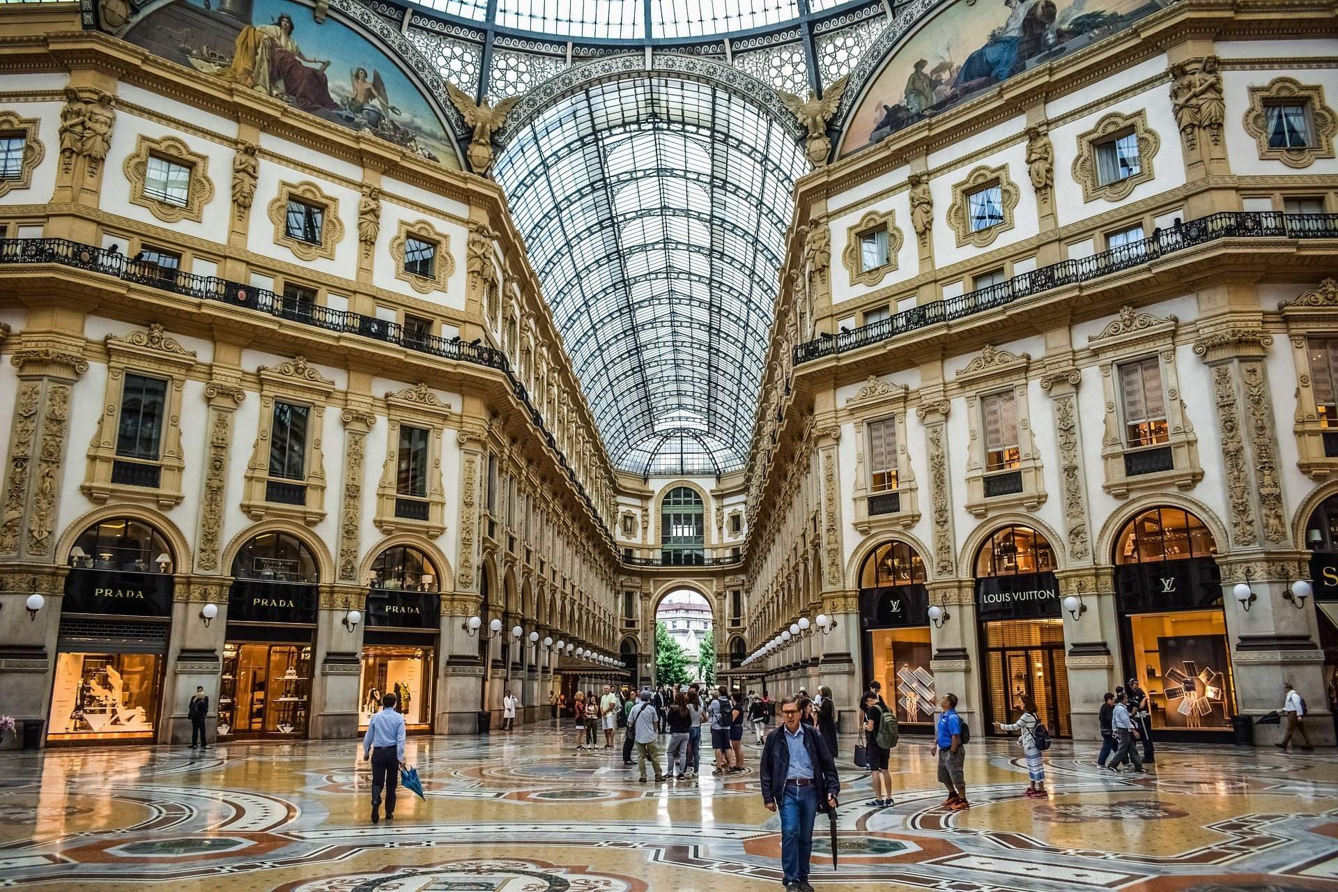 Milan personal shopper